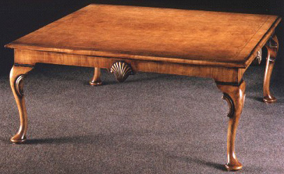 Incroyable Burl Walnut Queen Anne Style Coffee Table.